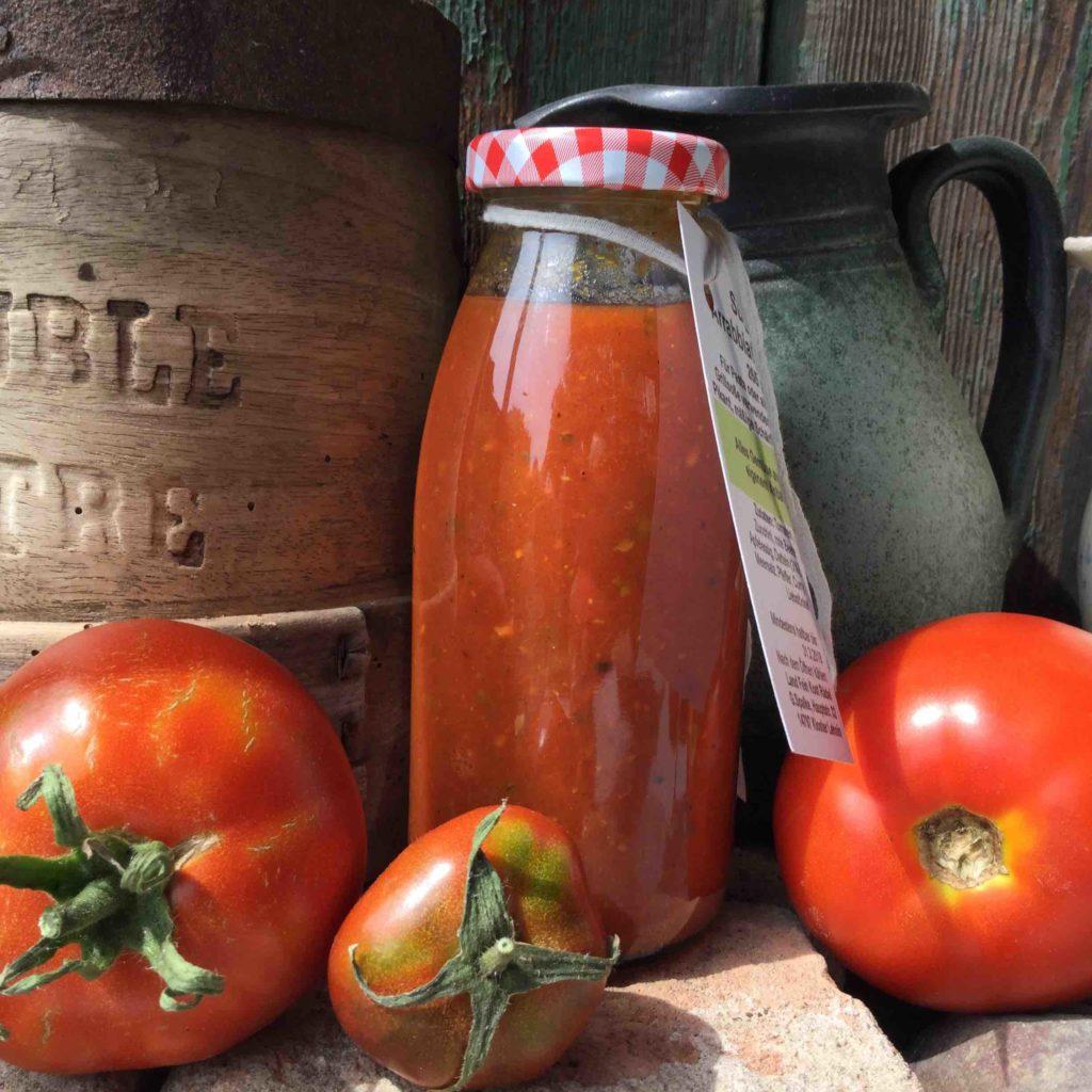 tomaten einkochen sugo arrabbiata land fein kost r del. Black Bedroom Furniture Sets. Home Design Ideas